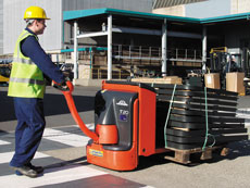 Powered Pallet Truck